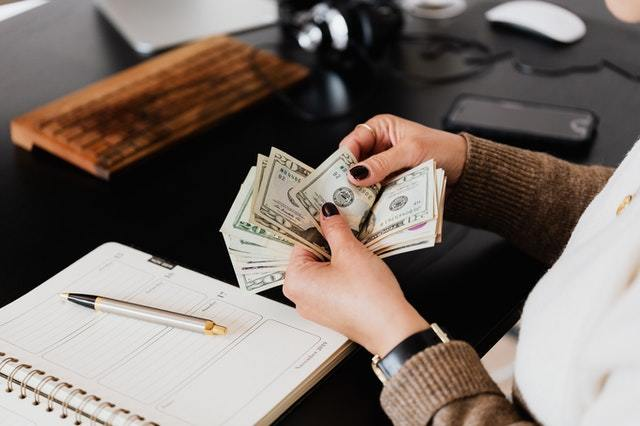 Taft Financial can help you pay your bills by consolidating debt